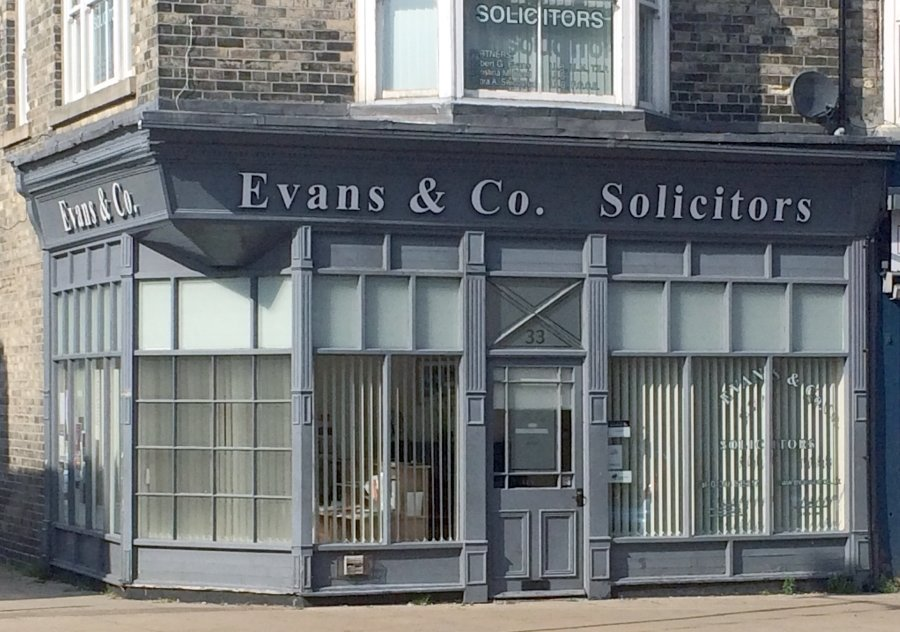 evans-office-01